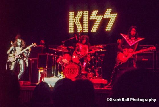 kiss 1974-18