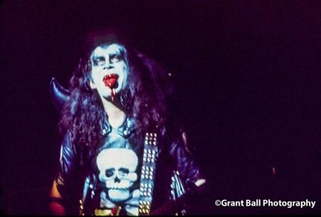 kiss 1974-4