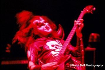 kiss 1975--12