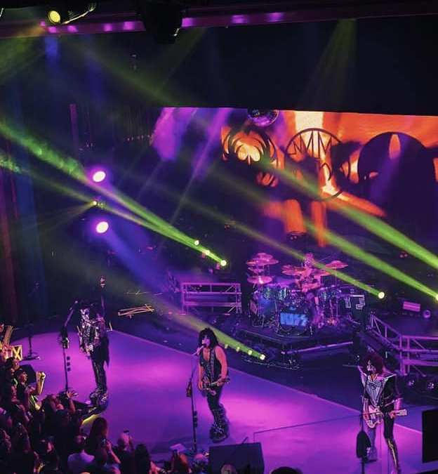 KISS Indoor show #2