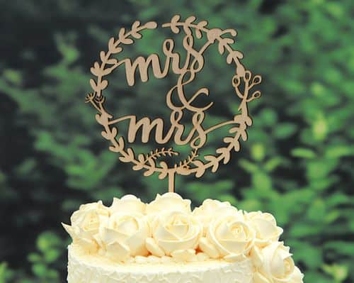 My 9 Favorite Wedding Cake Toppers from Etsy || Bride New