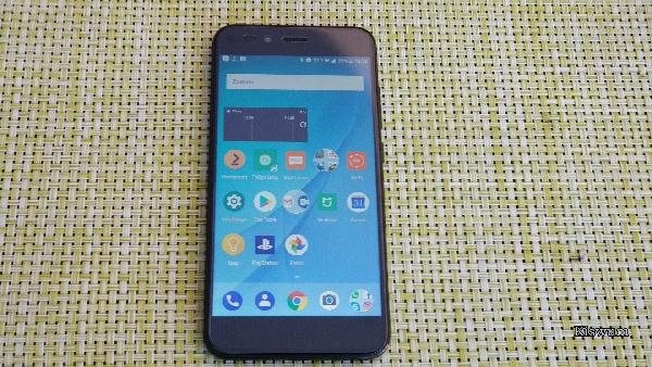 Xiaomi Mi A1 Review (NL)