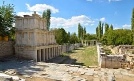 APHRODISIAS'TA KAZILAR GEYRE VAKFI DESTEĞİYLE SÜRÜYOR