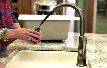 best kitchen sink faucet banner