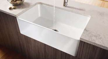 traditional white kitchen sinks