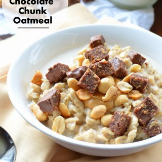 "Peanut Butter Chocolate Chunk Oatmeal {Plus My Favorite ""On The Go"" Snacks}"