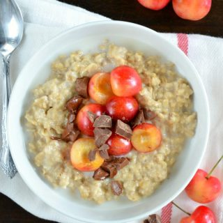Cherry Chocolate Chunk Oatmeal