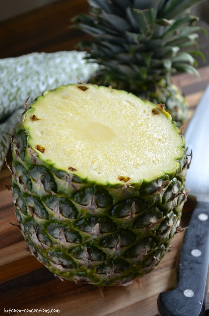 hawaiian-pulled-pork-nachos-with-pineapple-mango-guacamole-10-1