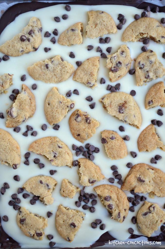 chocolate-chip-cookie-bark-2-1