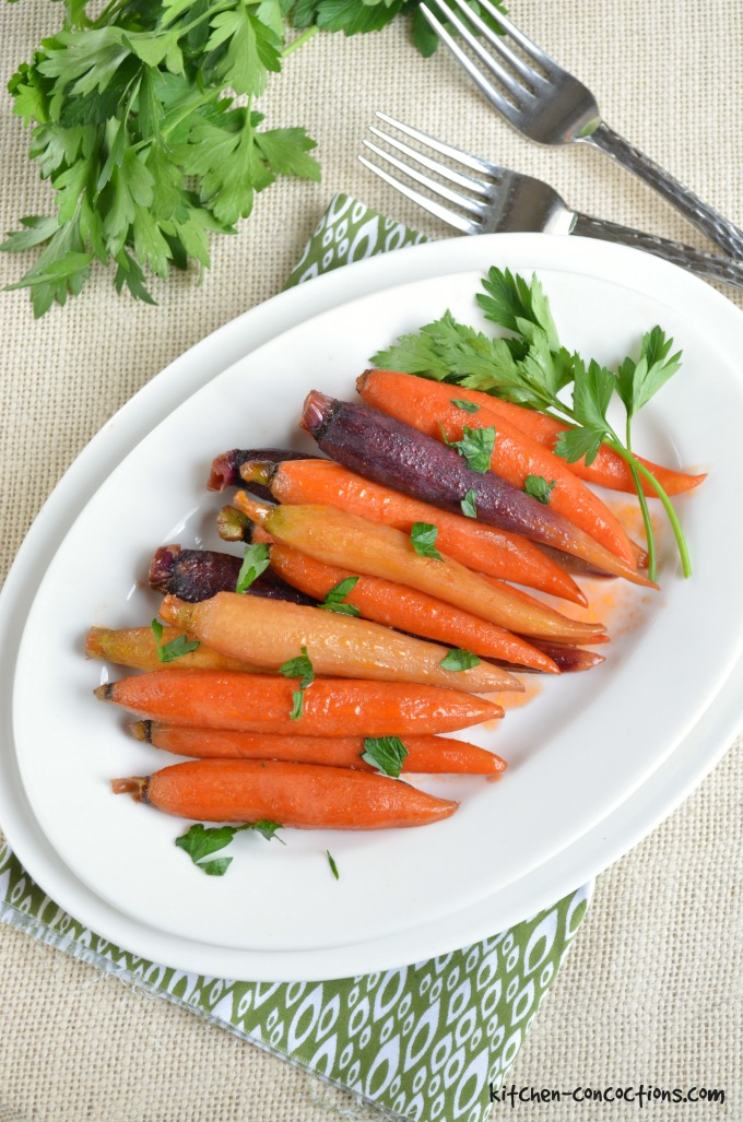 Glazed carrots are a classic holiday side dish! Try this kicked-up recipe, Hickory Bourbon and Brown Sugar Glazed Carrots, for a stunning, colorful twist!