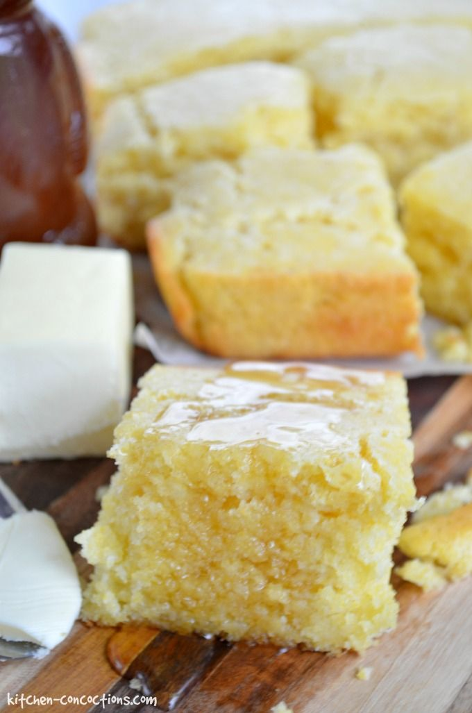 Sour Cream Corn Bread