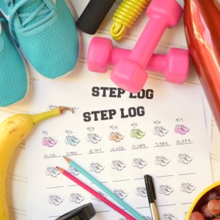 40 Ways to Get 10,000 Steps a Day {Plus Free Step Log Printable}