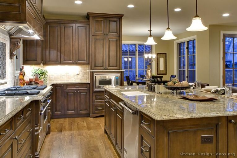 Traditional Kitchen Cabinets   Photos   Design Ideas Traditional Kitchen Cabinets