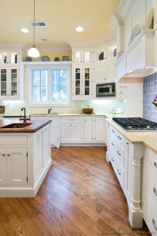 Pictures of Kitchens   Traditional   White Kitchen Cabinets Traditional White Kitchen