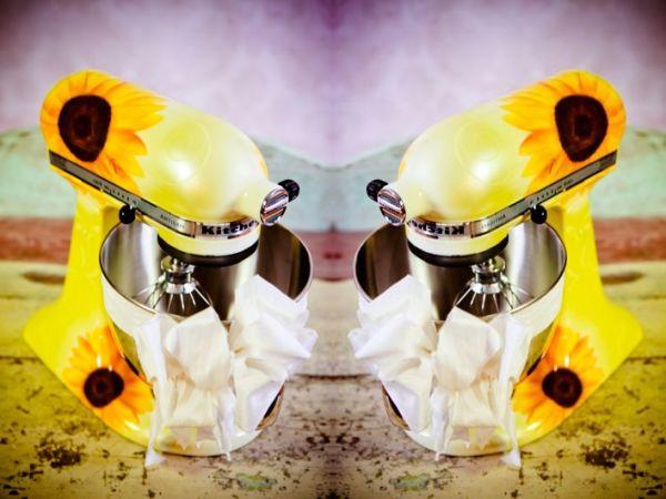 Sunflower kissed kitchen aid mixer
