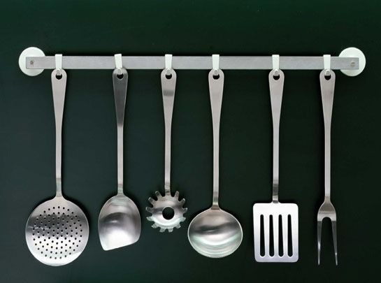 alessi-kitchen-cutlery-set.png