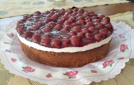 Kirsch-Masparcone-Torte Frühlingskuchen