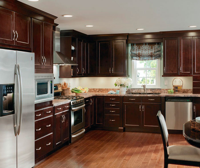 Alder Cabinets Casual Kitchen Craft Cabinetry