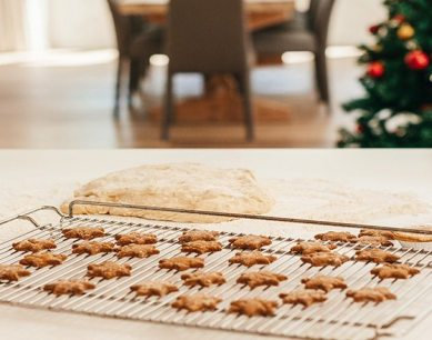 how to add beautiful festive touches to your kitchen feature image