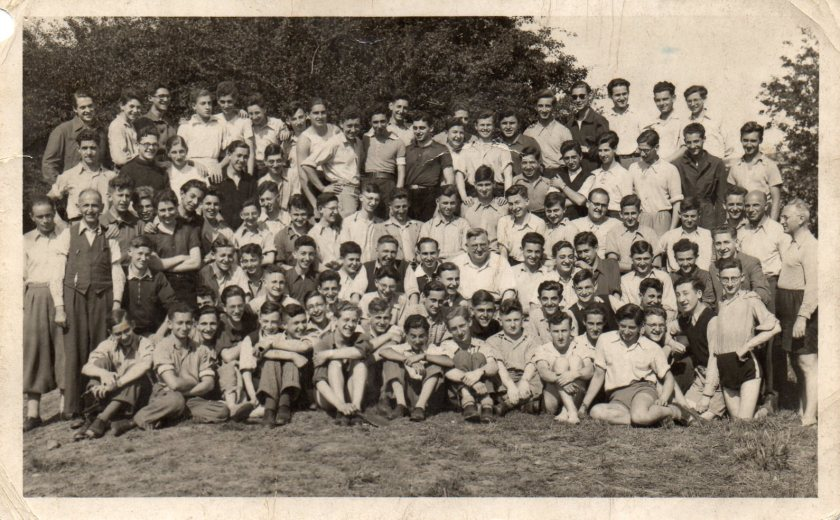 In Kitchener camp: boys and staff of the Berlin ORT, 1939