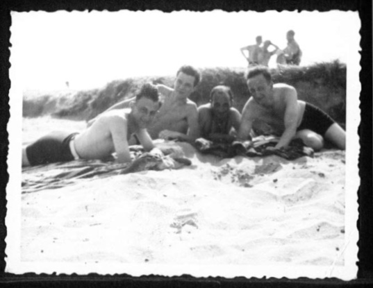 Kitchener camp, Werner Gembicki, Photo, Sandwich beach, with Herbert Mosheim