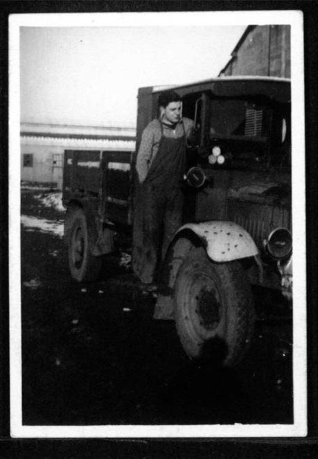 Kitchener camp, Werner Gembicki, Photo, truck driving