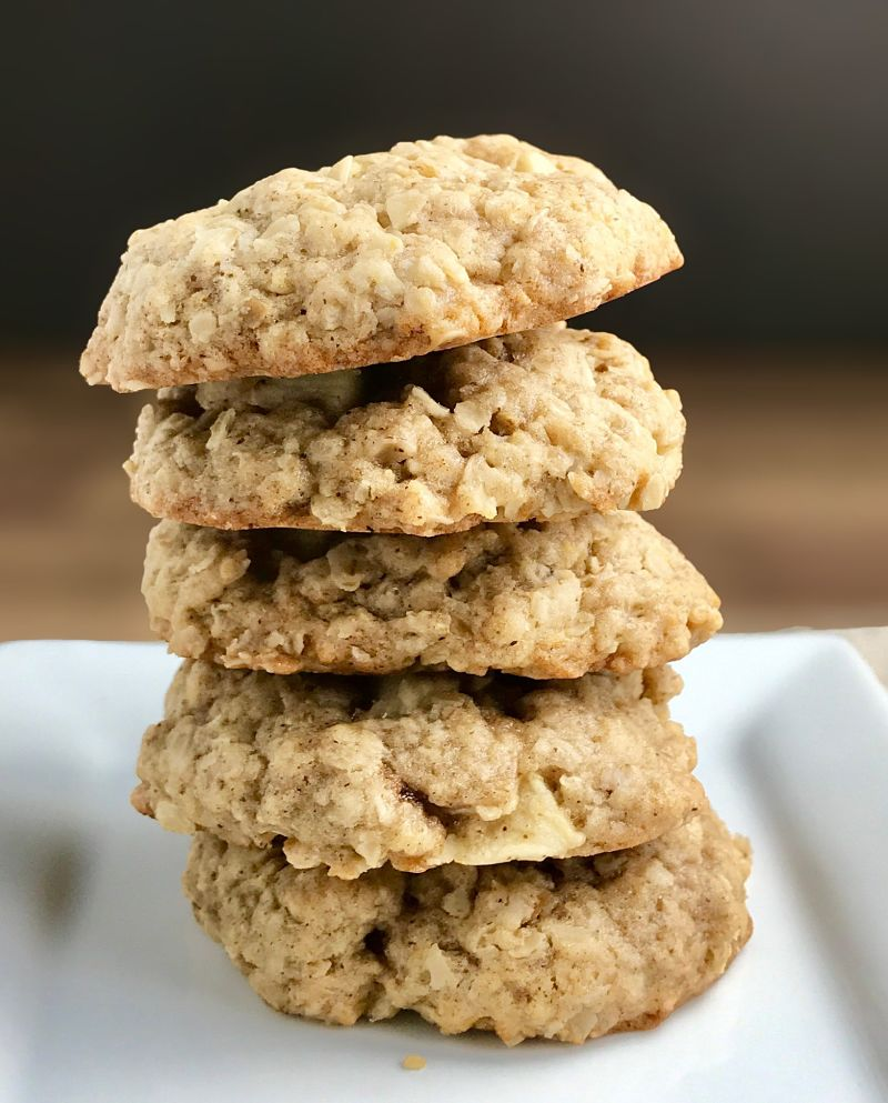 Vegan Chewy Oatmeal Apple Cookies