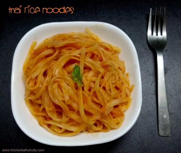Thai Rice Noodles in Tomato Sauce