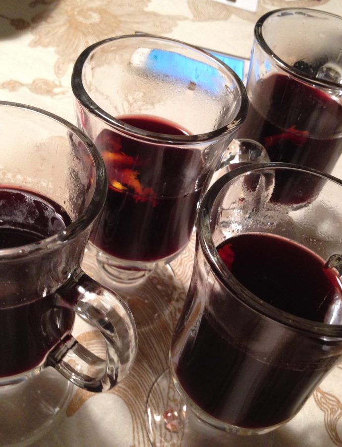 Mulled wine for winter evenings