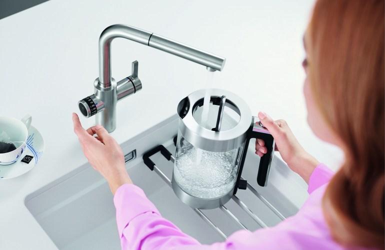 BLANCO EVOL-kitchen-smart_sustainable-tap