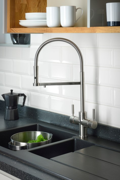 Countertop space Pronteau hot water tap