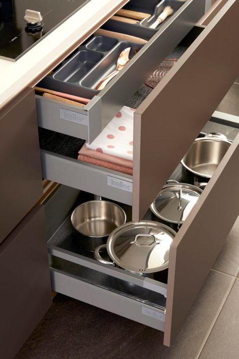 Keller Terracotta Dreaming kitchen with shelving accessories