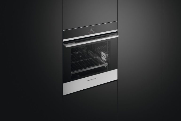 Fisher & Paykel Touchscreen Oven