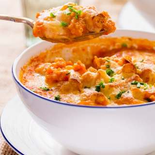 Quinoa bowls with grissini crunch