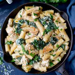 One Pot Rigatoni Alfredo with Chicken and Kale + Video!