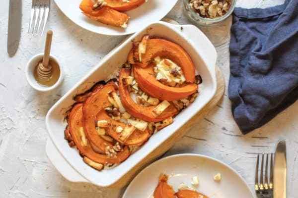 Ofenkürbis mit Honig und Feta