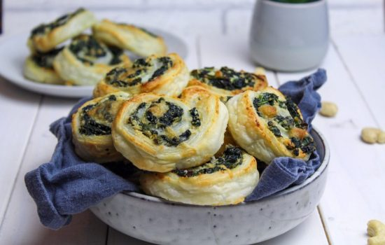 Puff Pastry Snails with Spinach