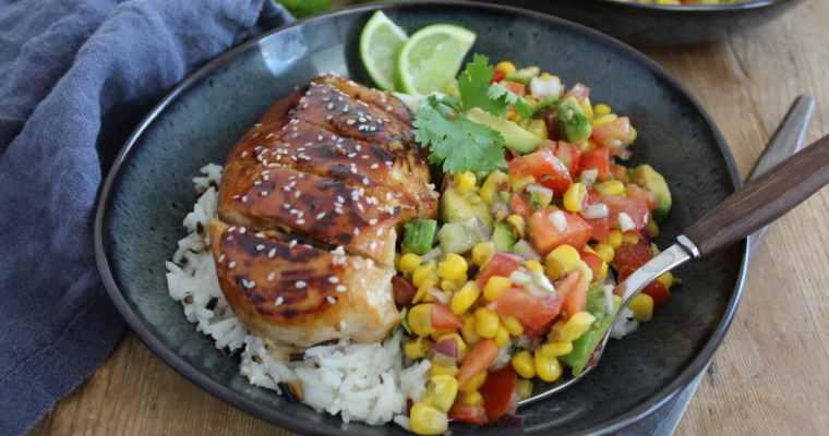 Honig-Limetten Hähnchen mit Mais-Avocado Salsa