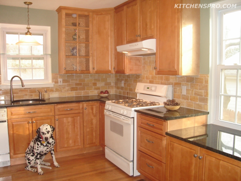 Cinnamon Maple Kitchen Cabinets And Bathroom Vanities Information Page Kitchens Pro