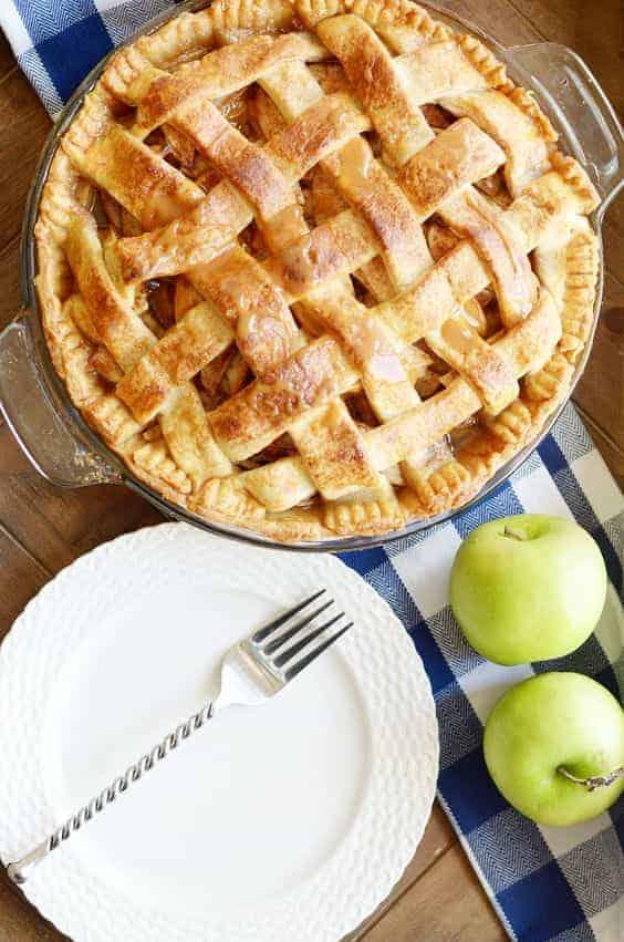 How to Reheat Apple Pie