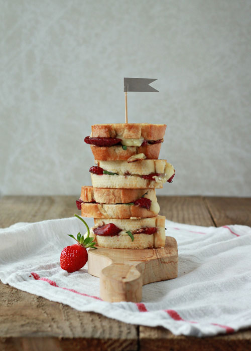Balsamic Strawberry Brie Grilled Cheese Sliders Kitchen Treaty