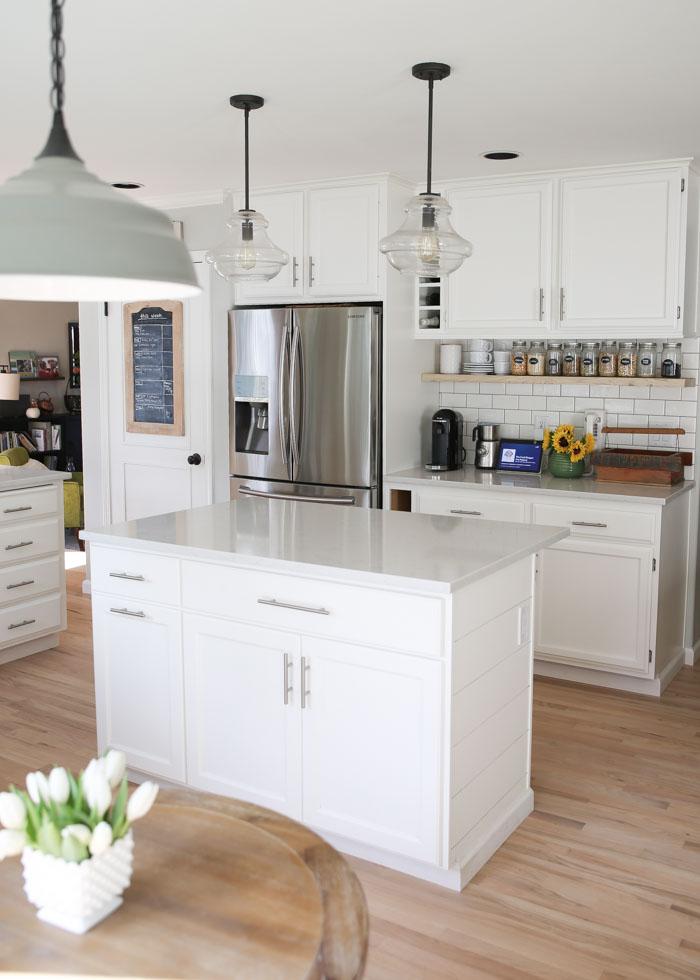White Kitchen Countertops Marble Granite Or Quartz Kitchen Treaty Recipes
