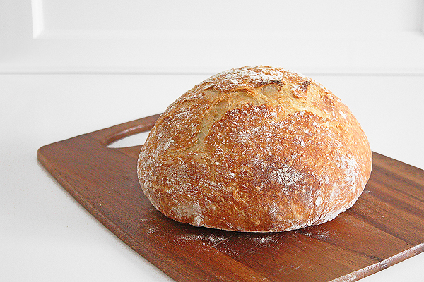 A truly no knead bread that turns out perfectly crusty and rustic every time! The perfect beginner bread recipe!