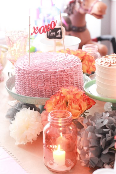 vintage pink party table 5