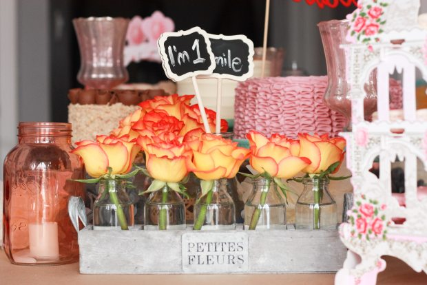 vintage pink party table