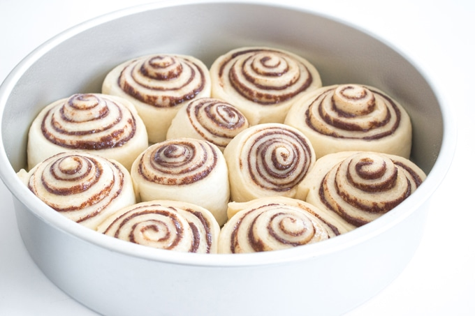 Fluffy golden rolls with seemingly endless swirls of cinnamon, my best ever cinnamon buns are the perfect weekend treat, and so easy to make! I promise you, they're so close to cinnamon rolls from the mall, you won't believe it!