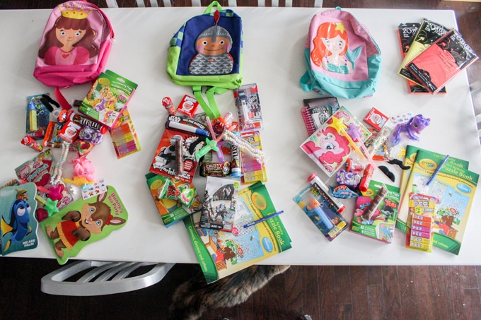 Surprise bags - part of my tips and tricks to survive long road trips with kids!
