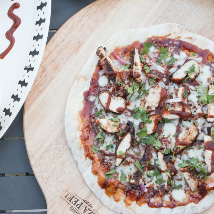 BBQ Jerk Chicken Pizza #GrillWithGrace