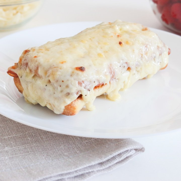 Croque Monsieur – The Ultimate Ham and Cheese Sandwish