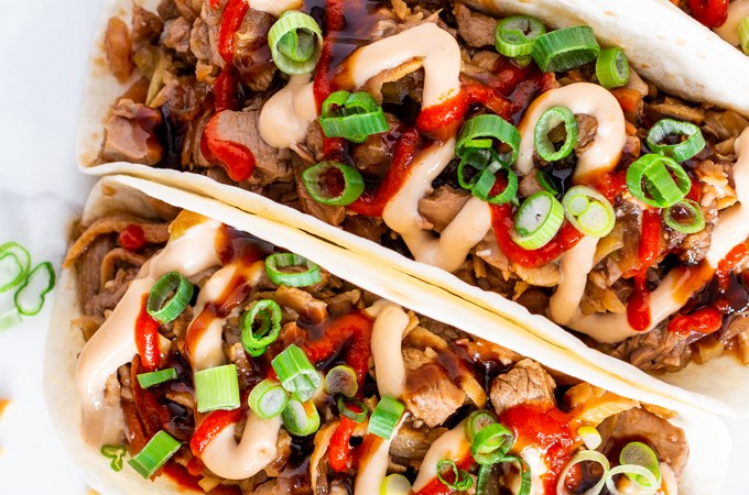 These outstanding Moo Shu Pork Tacos are bursting with fresh flavours. Ready in just 30 minutes, they're a quick and easy meal for any night of the week too!